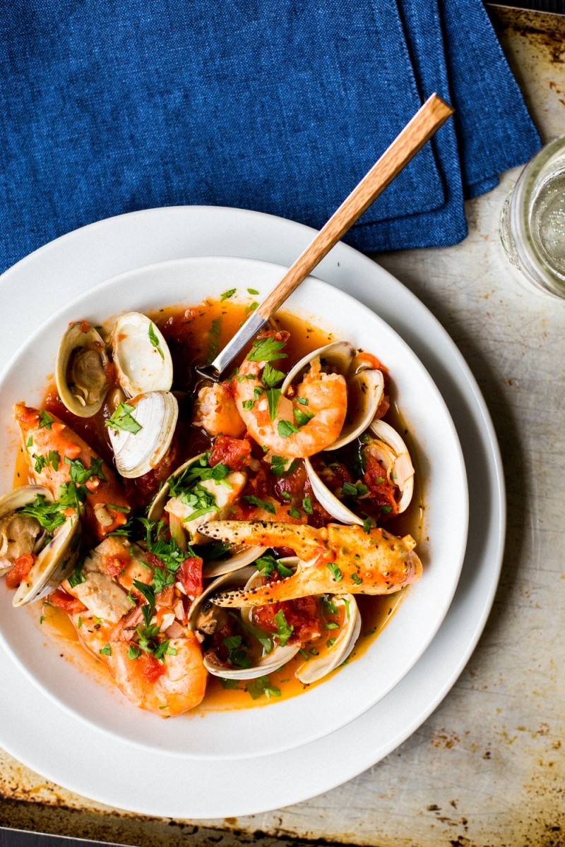 Cioppino San Francisco Seafood Stew The Domestic Man