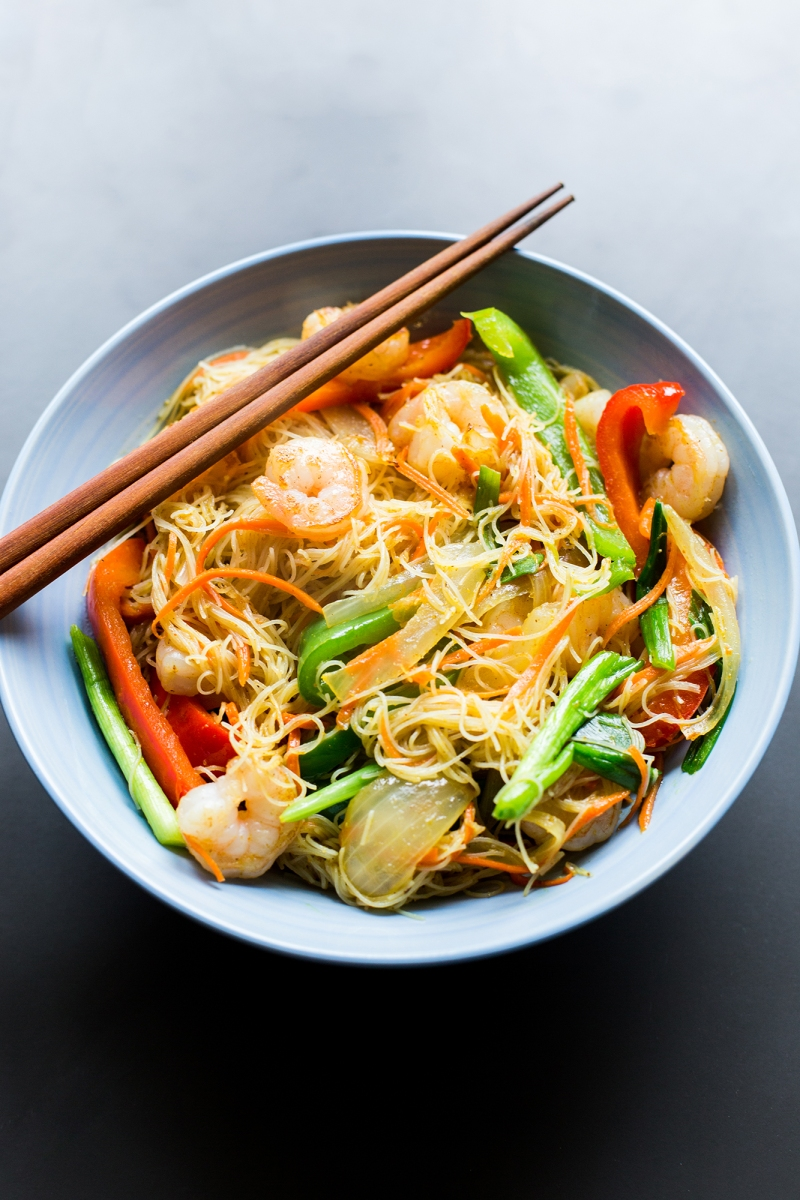 Singapore rice noodles the domestic man hi everyone todays recipe will be short and sweet im currently feeling under the weather but wanted to make sure i got a recipe out to you this week forumfinder Images